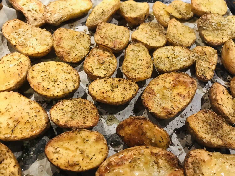 Pommes de terre confites au four